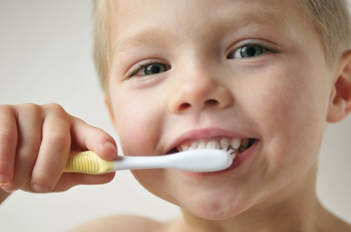The Benefits Kids Get from Multiple Toothpaste Flavors